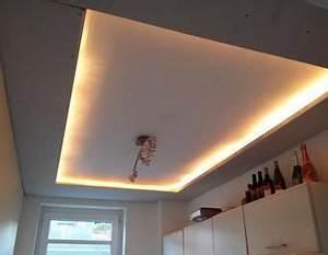 Led Indirektes Licht : 24 best images about indirektes licht decke wand u a on pinterest bedrooms shelves and modern ~ Sanjose-hotels-ca.com Haus und Dekorationen