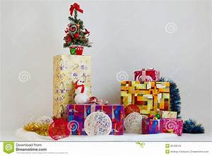 Lots Of Christmas Gifts Stock Images - Image: 35728154