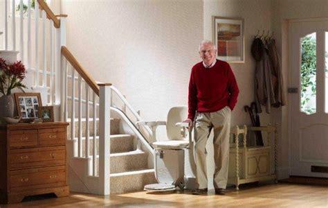 siege pour escalier siege monte escaliers pour escaliers tournants siena