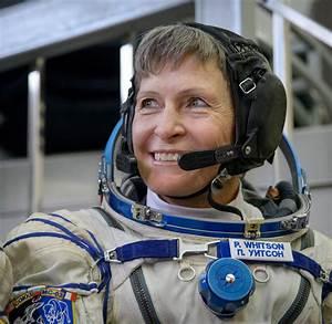 Oldest female U.S. astronaut sets record | ShareAmerica