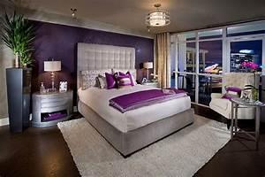 chambre violette 20 idees decoration pour un chambre With chambre violet et blanc