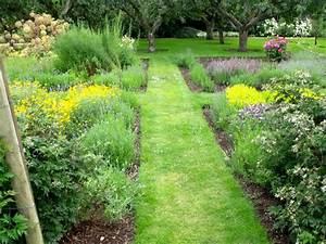 les 25 meilleures idees concernant conception de jardin d With amenager un jardin paysager 1 amenagement de jardin potager fleurs arbres pelouses