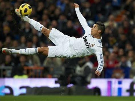 Kicking a Penalty Kick