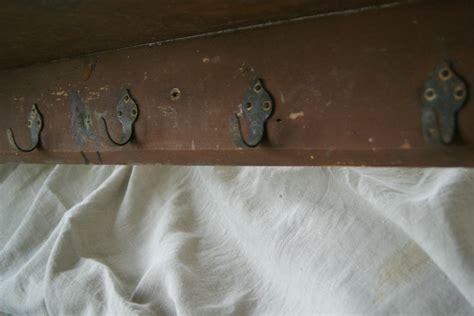 ancien porte manteaux d 233 cole les vieilleries de madame gudule