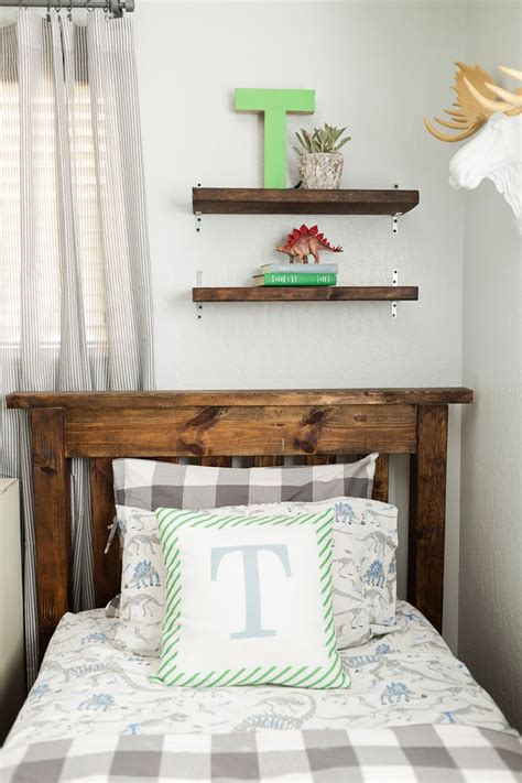 Boys Bedroom Accessories by Top 25 Ideas About Industrial Boys Rooms On
