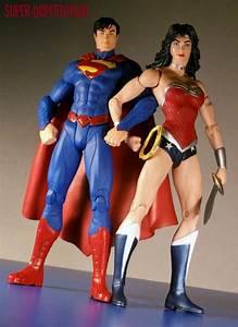Super-DuperToyBox: New 52 Justice League Wonder Woman