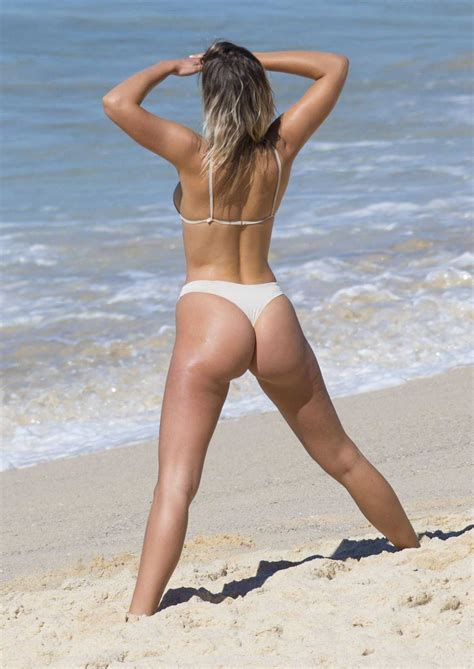 kristina mendonca 206 sawfirst hot celebrity pictures