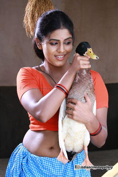 Top Hot And Cute South Indian Actress Wizard Iniya