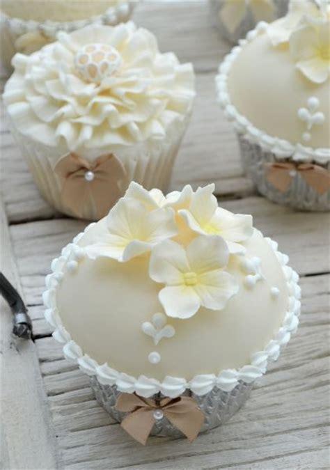 beautiful wedding cupcake ideas images
