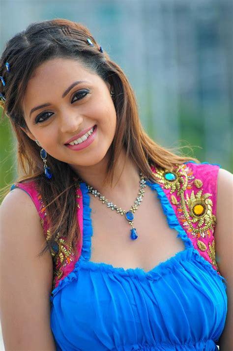 Janapada Geethalu Bollywood Film Actress Bhavana Hot