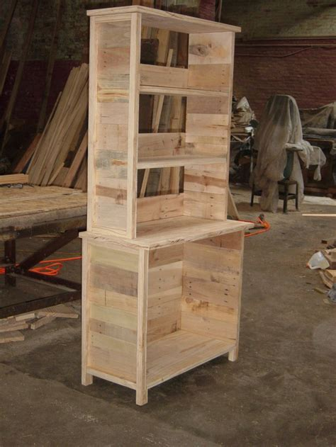 pallet wood furniture 17 best images about projects to try on pallet Reclaimed