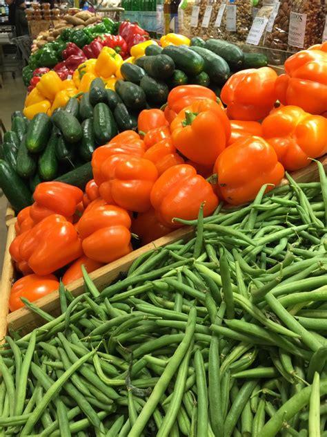 รูปภาพ : ปลูก, ผลไม้, อาหาร, สีเขียว, สีแดง, ผลิต, ผัก, มี ...