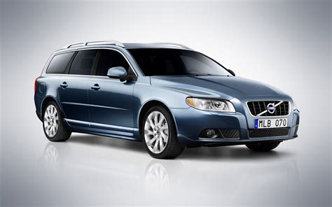 The volvo s80 is an executive car produced by the swedish manufacturer volvo cars from 1998 to 2016 across two generations. 2012 Volvo S80, V70 and XC70