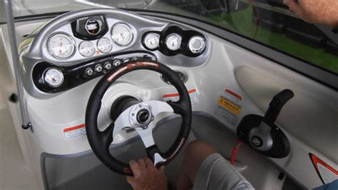 Boat Steering Wheel Keeps Turning by Tahoe Q7i 2014 2014 Reviews Performance Compare Price