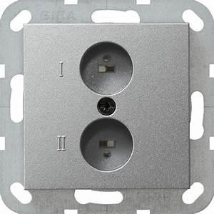 Gira Radio Bluetooth : gira 040226 stereo lautsprecher steckdose farbe alu online kaufen im voltus elektro shop ~ Frokenaadalensverden.com Haus und Dekorationen