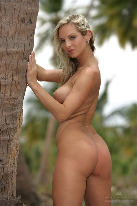 Nudes Outdoors With A Hot Blonde And Her Breathtaking