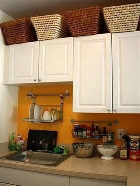 18+ Magnificent Kitchen Decor Above Cabinets