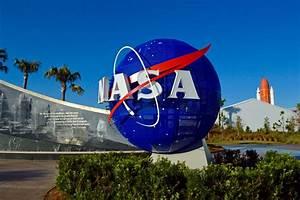 Senate Narrowly Confirms Trump NASA Pick
