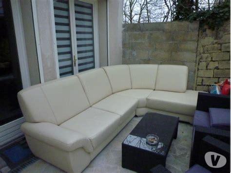canapé blanc conforama canape d 39 angle blanc simili cuir conforama