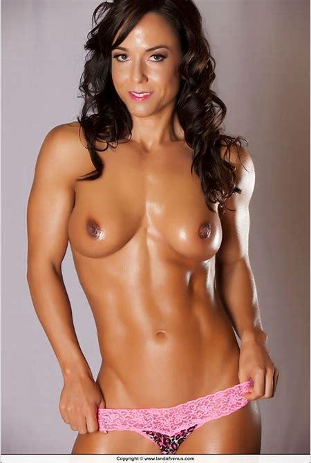 LandofVenus.com » NPC Figure Catherine Holland Nude