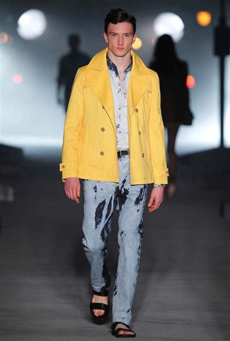 mango unveils summer 2011 collection fashionwindows network