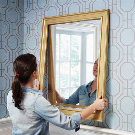 list  synonyms  antonyms   word mirror image