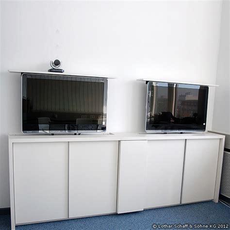 Tv Möbel Versenkbarer Fernseher by Versenkbarer Fernseher Im Tv M 246 Bel Oder Schrank Mit Tv Lift