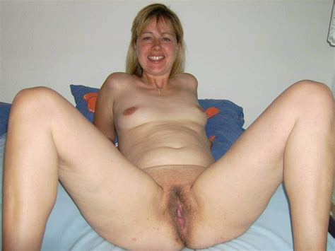 amateur mature housewives and milfs 100 real amateur sex 100 real amateurs every day