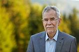 Alexander Van der Bellen resigns   Metropole