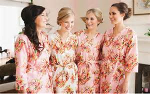 bridesmaids kimono robes wedding ideas fashiongum - Robes For Bridesmaids