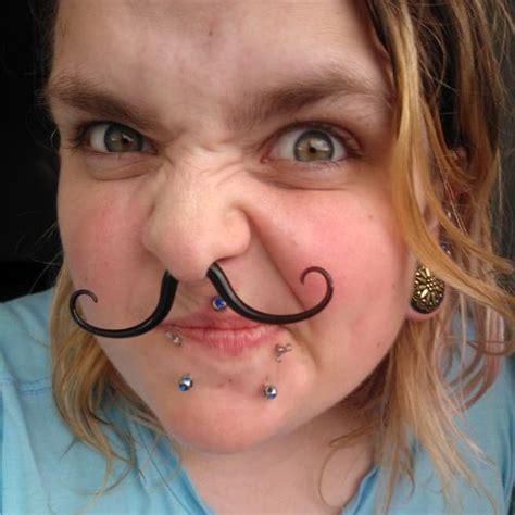 Pyrex glass septum mustache (Foppish