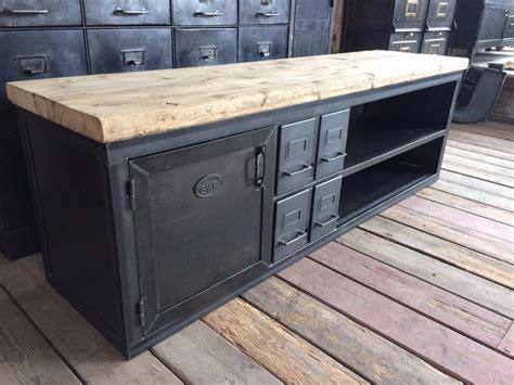 tiroir de cuisine ikea meubles tv industriel bois et métal l 39 or du temps