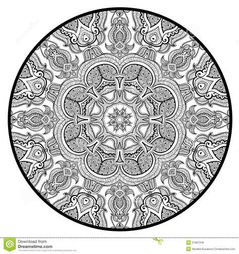le modele rond ornemental de dentelle aiment le mandala