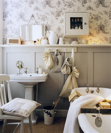 bathroom decorating ideas for small spaces small bathroom decorating ideas small spaces