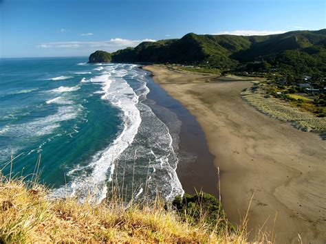 Piha Beach D4 Nz Frenzy North Island New Zealand