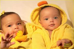 Mariah Carey and Nick Cannon Debut Their Twins in ...