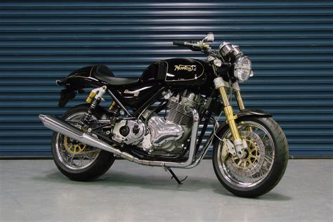 Straight Line For Norton 961 Commando Bikes In The Us
