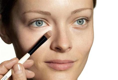 Как пользоваться консилером убираем темные круги под глазами . Высоцкая Life