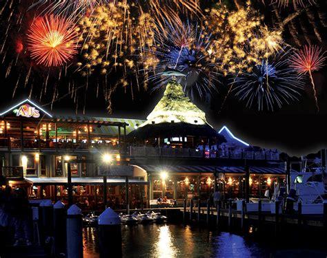 destin florida nightlife fireworks beach harbor seafood bar baytowne wharf village aj oyster eve festival palms heart light years left