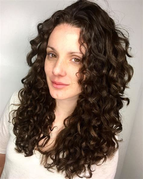 instagram accounts  curly haircut inspiration