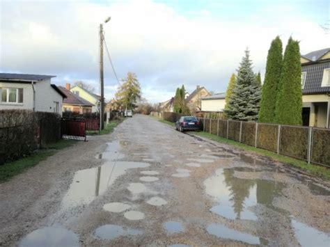 Loku ielā Valmierā izbūvēs lietusūdens kanalizāciju