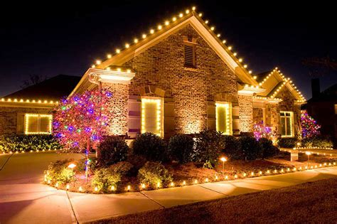 Residential Christmas Decor  Valley Green Companies