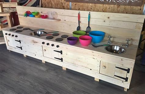 repurposed wood pallets mud kitchen  kids wood pallet