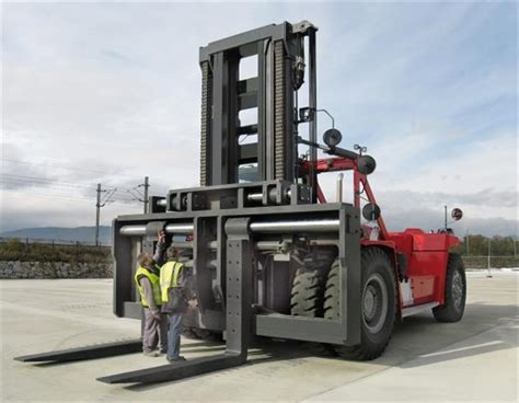 Biggest Boat Lift In The World by Stabau Attachments Made To Order Exhibiting At Cemat
