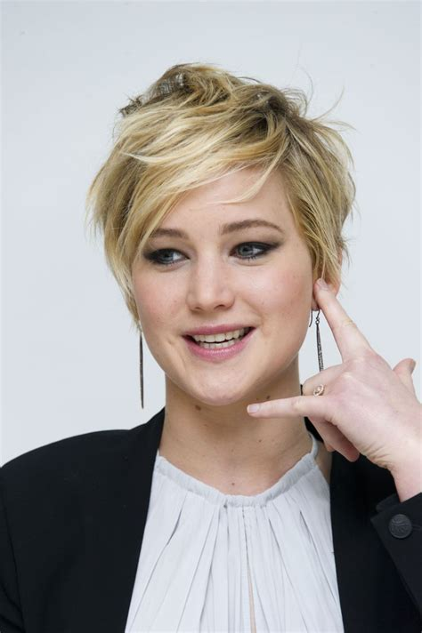 jennifer lawrence short haircut jennifer lawrences
