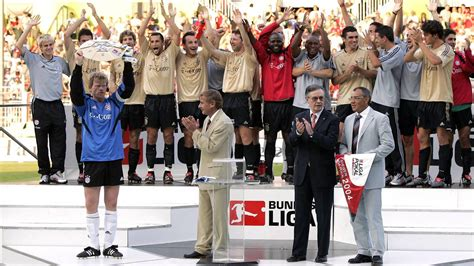 dhl siege social dfb ligapokalsieger 2004 fc bayern münchen