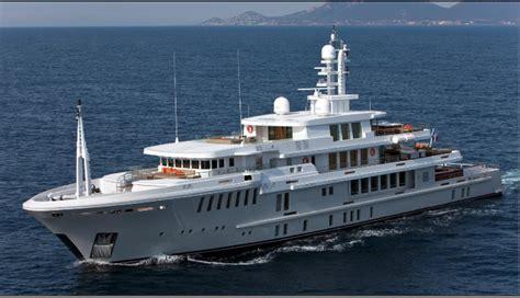 Boat Sinking Gopro by New Of The Sinking Of Superyacht Yogi Emerges