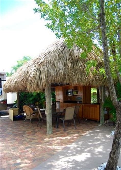 Tiki Hut Florida by Our Tiki Hut Picture Of Bluewater Key Rv Resort