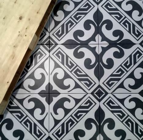 Black And White Floor Tiles by Black And White Floor Tiles Sydney Australia Kitchen