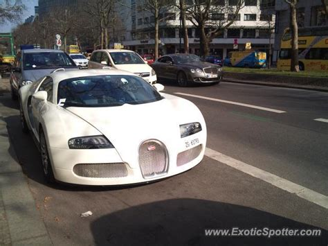 Bugatti Veyron Spotted In Berlin, Germany On 04/07/2011